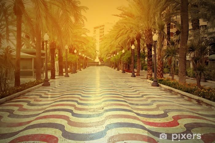 Fototapeta winylowa Promenade o zachodzie słońca w Alicante, Hiszpania - Tematy