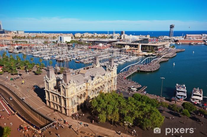 Fototapeta winylowa Ariel Widok z portu w Barcelonie, Hiszpania - Miasta europejskie