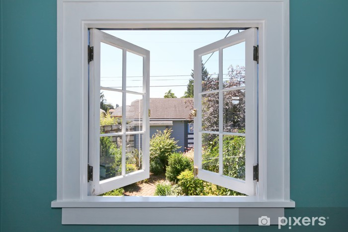 Papier peint vinyle Ouvrir la fenêtre à l'arrière-cour avec un petit hangar. - Construction privée
