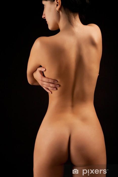 nahé obrázky mladé ženy