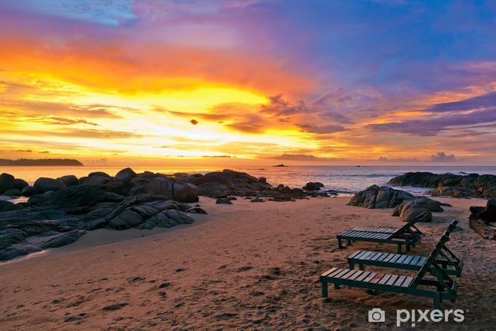 Naklejka Pixerstick Zachód słońca na plaży. - Azja