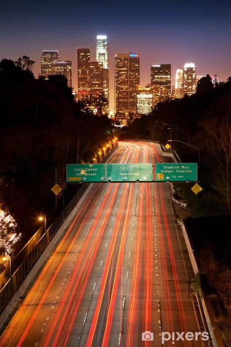 Fototapeta winylowa Los Angeles Downtown. Ruchu freeway noc. - Tematy
