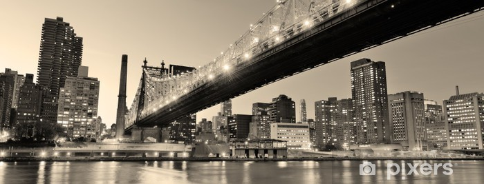 Fototapeta winylowa Nowy jork panorama miasta nocą - iStaging