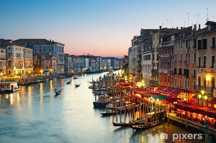 Sticker Pixerstick Grand Canal après le coucher du soleil. Venise - Italie - Thèmes