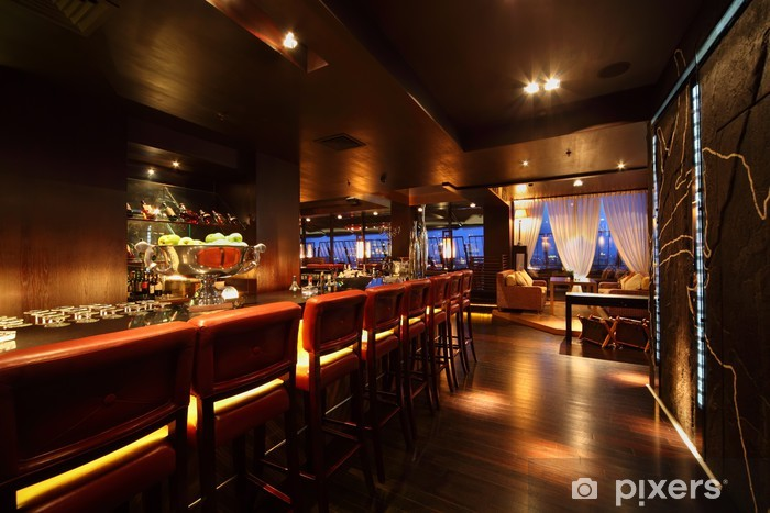 Kendinden Yapışkanlı Duvar Resmi Geceleri boş rahat restoranda sandalyeler bar sayacı - Mağazalar
