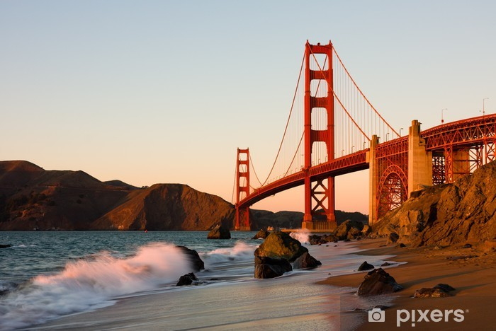 Papier peint vinyle Golden Gate Bridge à San Francisco au coucher du soleil - Thèmes