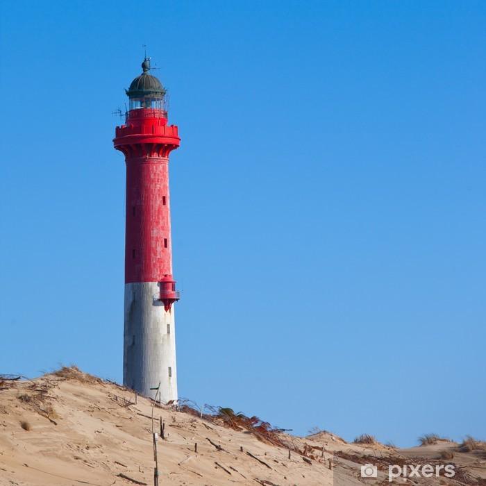 Plakat Czerwona latarnia na plaży - Woda