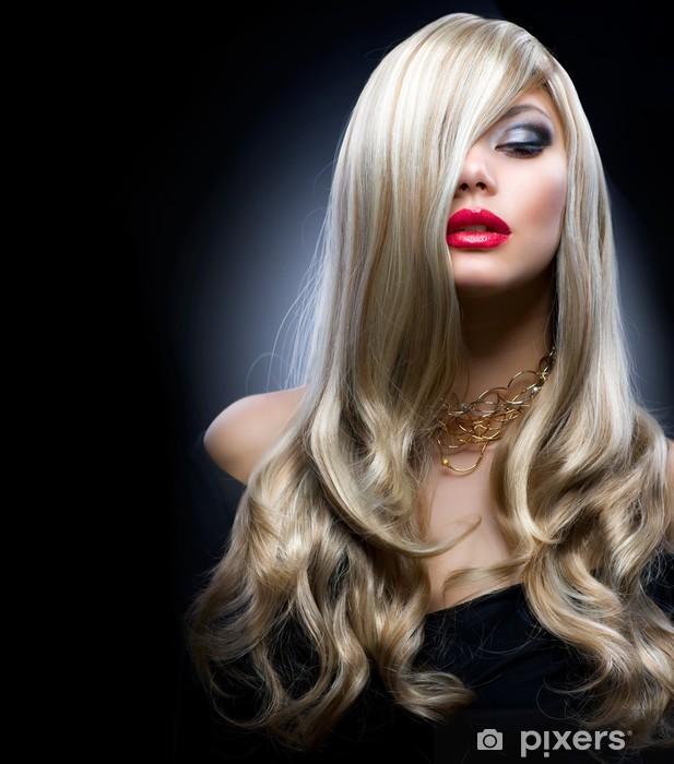 Fototapeta winylowa Blond dziewczyna mody - Moda