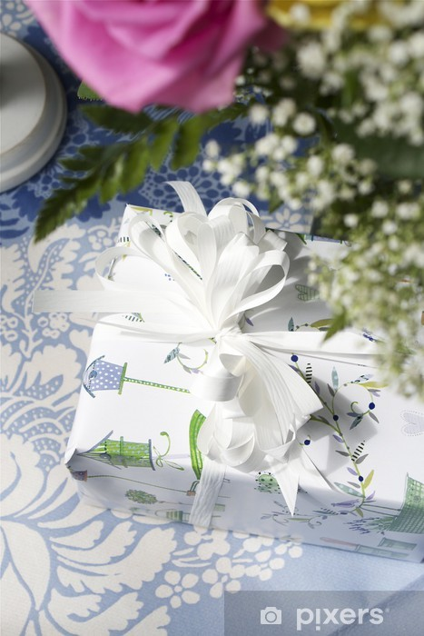 Present 1 Pixerstick Sticker - Flowers