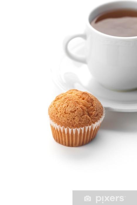 Naklejka Pixerstick Filiżanka herbaty i muffin wyizolowanych na białym - Słodycze i desery