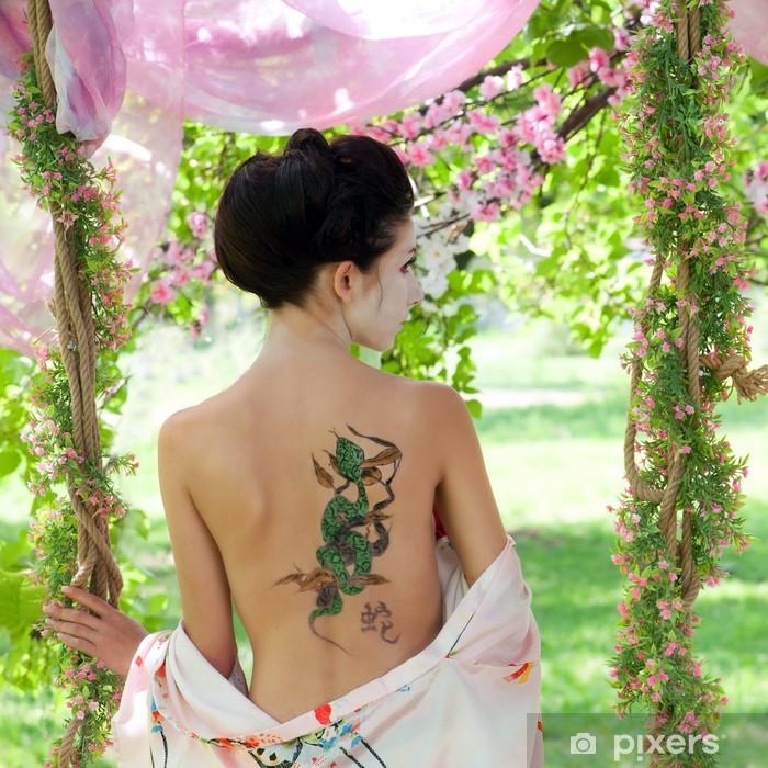 Tattoo motive frauen rücken