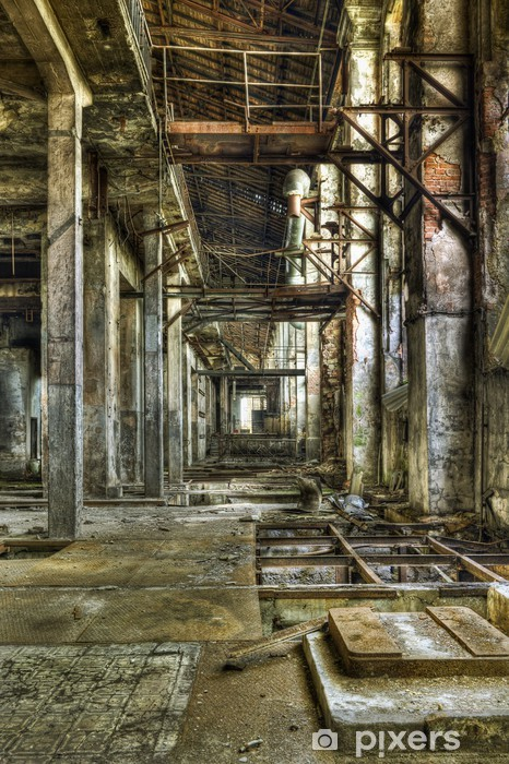 Fototapeta winylowa Zobacz w długim korytarzu w starej opuszczonej kopalni węgla - Koncepcje biznesowe