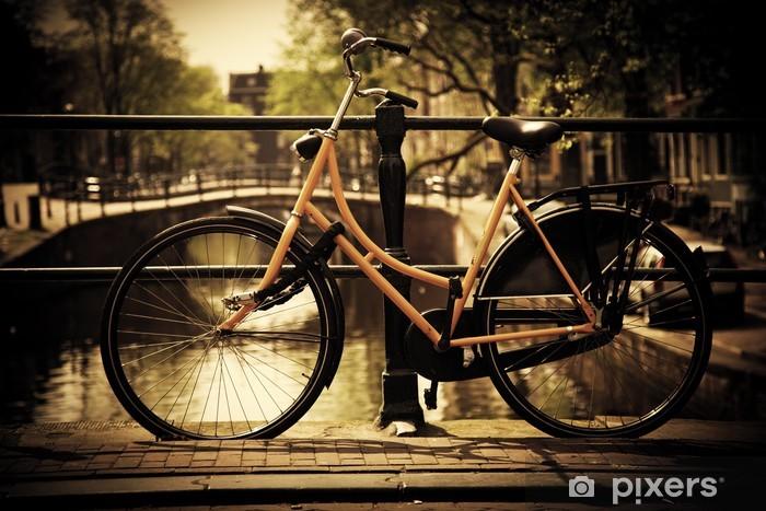 Vinyl Fotobehang Amsterdam. Romantisch kanaalbrug, fiets - Thema's