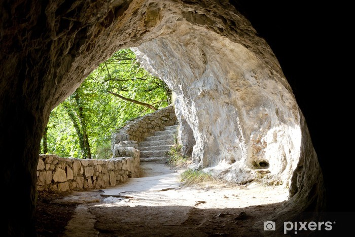 Zelfklevend Fotobehang Tunnel in Plitvice meren - Kroatië. - Reizen