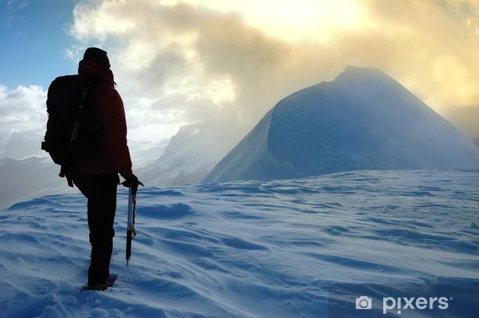 Fototapeta winylowa Alpinista - Krajobraz wiejski