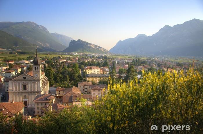 Fototapeta winylowa Arco oraz Jezioro Garda - Włochy / Trentino - Europa