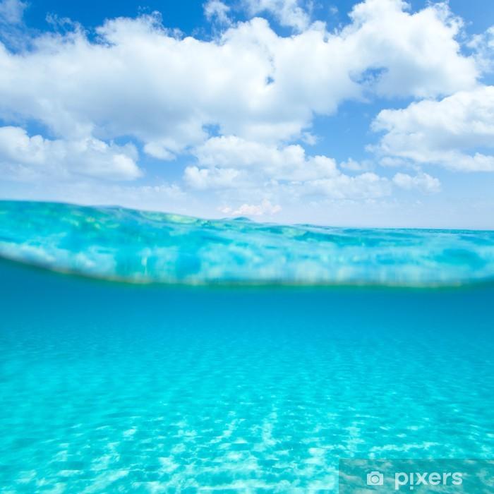 Fototapeta winylowa Belearic wyspy morze turkus z wodnej -