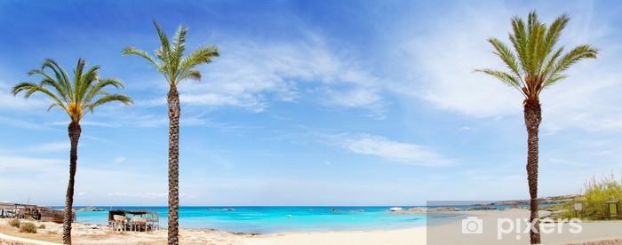 Naklejka Pixerstick Els Pujols Formentera plaża z turkusową wodą - Tematy