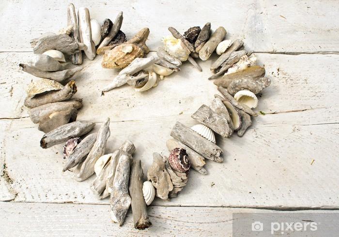 Vinyl Fotobehang Hart gemaakt van schelpen en wrakhout - Bestemmingen