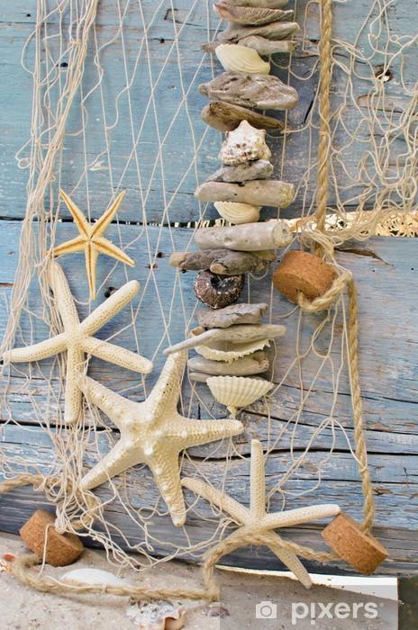 Zelfklevend Fotobehang Visnet met wrakstukken, zeesterren en schelpen - Bestemmingen