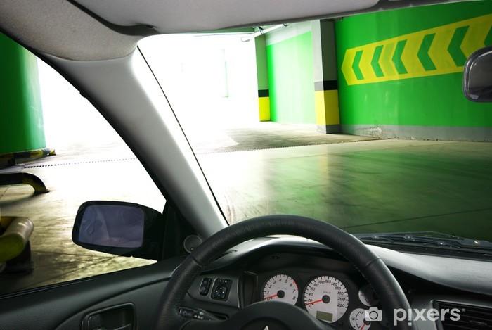 Papier peint vinyle Dans la voiture. Parking en sous sol. - Sur la route