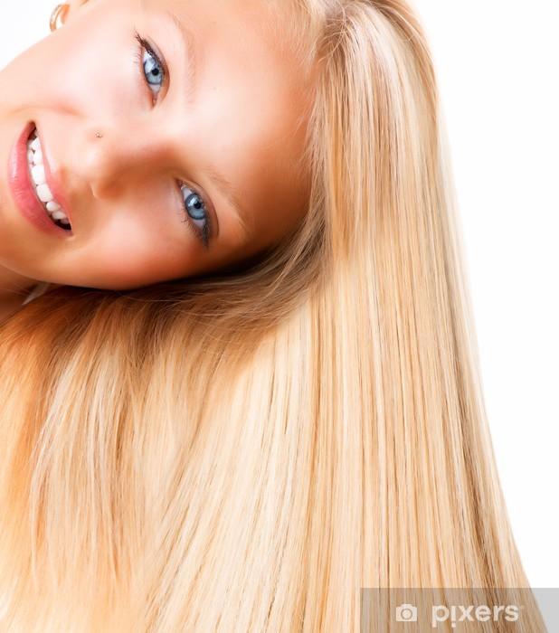 Blond augen mädchen blaue Blonde Haare