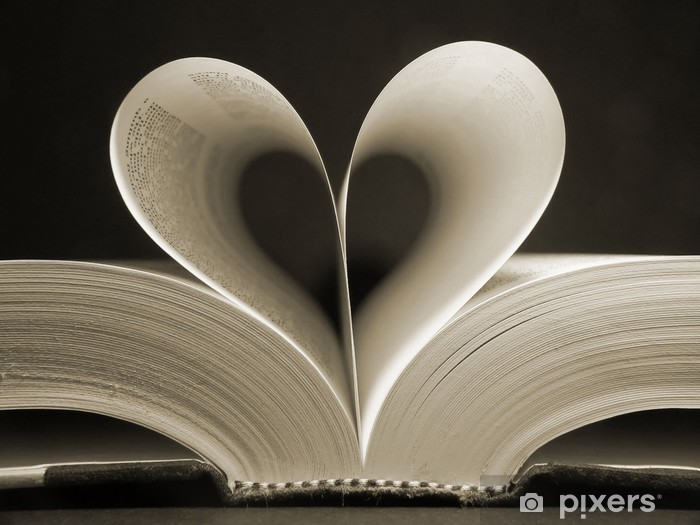 Naklejka Pixerstick Książka w kształcie serca - iStaging