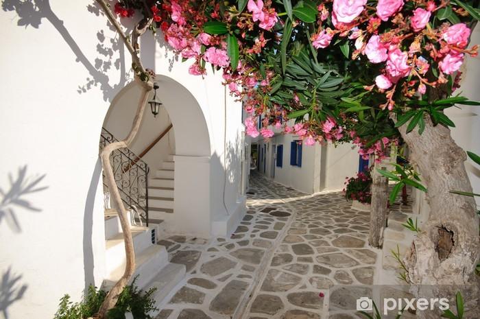 Fototapeta winylowa Małe Backstreet na Amorgos Island, Grecja - Tematy