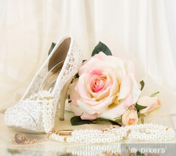 b23eeb2b De smukke brude sko, pink rose og vintage perler Fototapet • Pixers ...