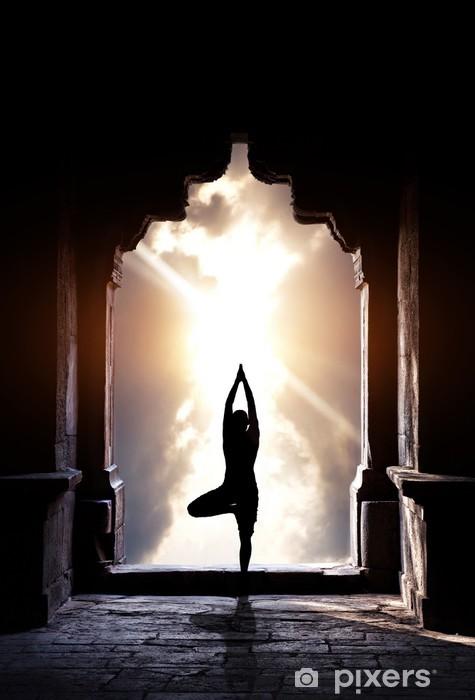 Vinilo Pixerstick Yoga en el templo - Asia