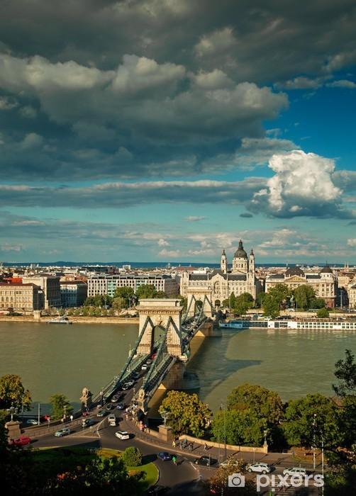 Naklejka Pixerstick Ładny widok na słynny Most Łańcuchowy w Budapeszcie, Węgry - Europa