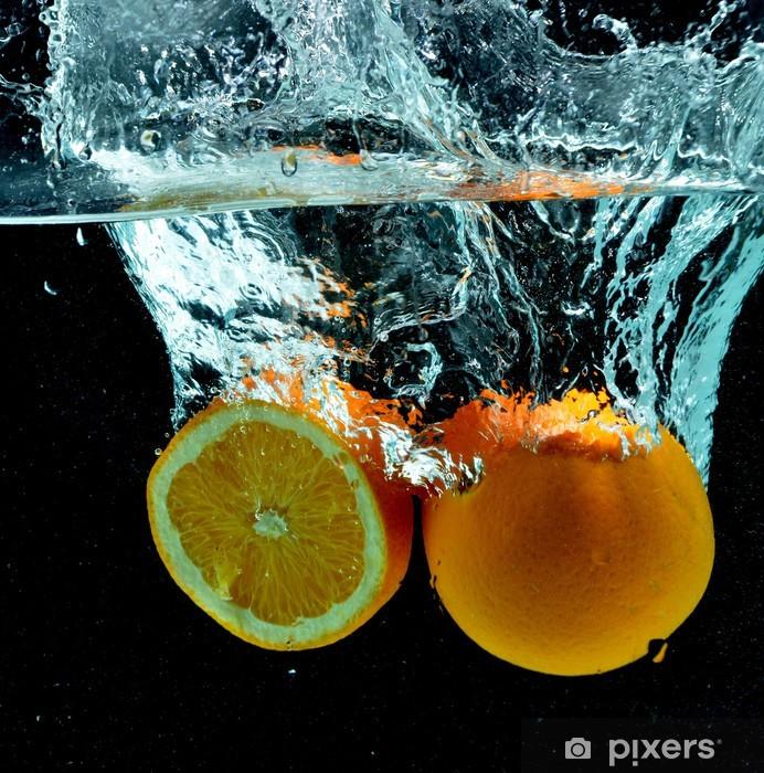 Fototapeta winylowa Pomarańczowy Splash Owoce w wodzie - Owoce