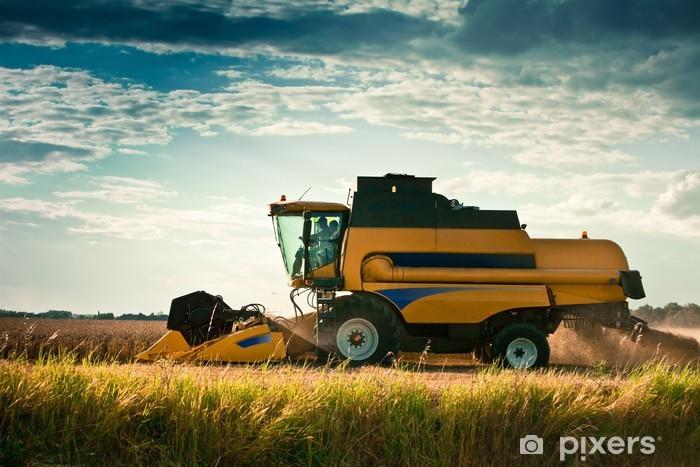 Fototapeta winylowa Żniwa rolnictwo maszyny rolnicze - Rolnictwo