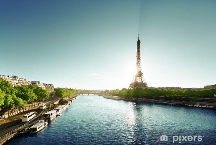 Fototapeta winylowa Sekwany w Paryżu z wieży Eiffla - Miasta europejskie