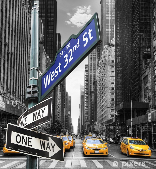 Taxis à New York. Vinyl Wall Mural -