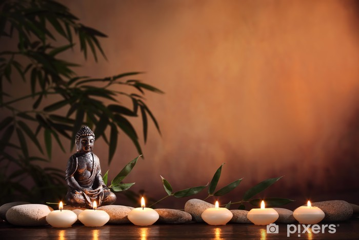 Pixerstick Sticker Boeddha met brandende kaars en bamboe - Boeddhisme