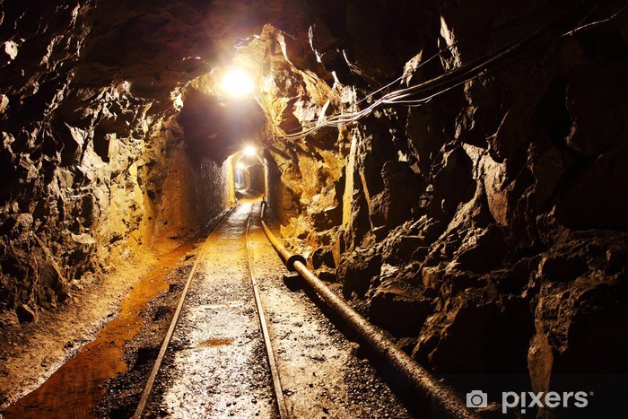 Fototapeta winylowa Kopalnia tunelu ze ścieżką - Tematy