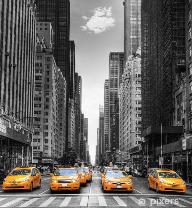 Avenue avec des taxis à New York. Vinyl Wall Mural -