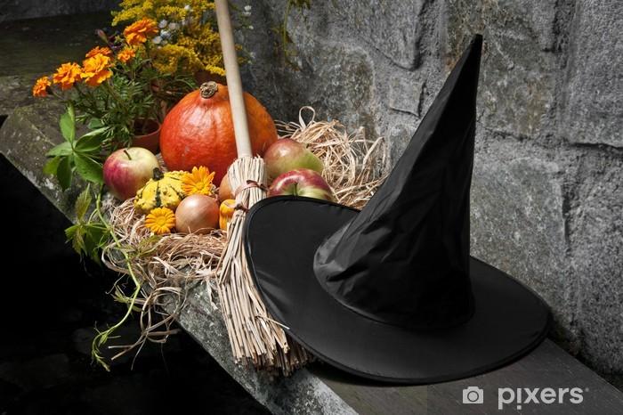 Adesivo Halloween still life con zucche e strega cappello e scopa Pixerstick 75d9b4d16718