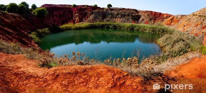 Nálepka Pixerstick Bauxit důl s jezerem v Otranto, Apulie, Itálie - Voda