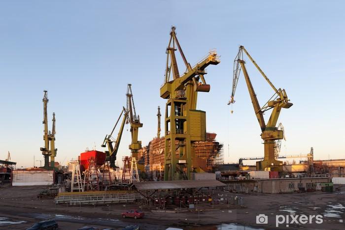 Nálepka Pixerstick Monumentální loděnice jeřáby v Gdaňsku, Polsko. - Evropa