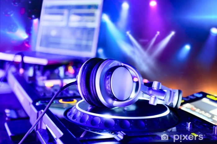 Fototapeta winylowa Mikser DJ ze słuchawkami - Dla nastolatka
