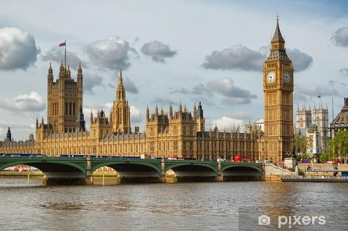 Fototapeta winylowa Big Ben i Westminster Bridge w Londynie w piękny dzień - Tematy