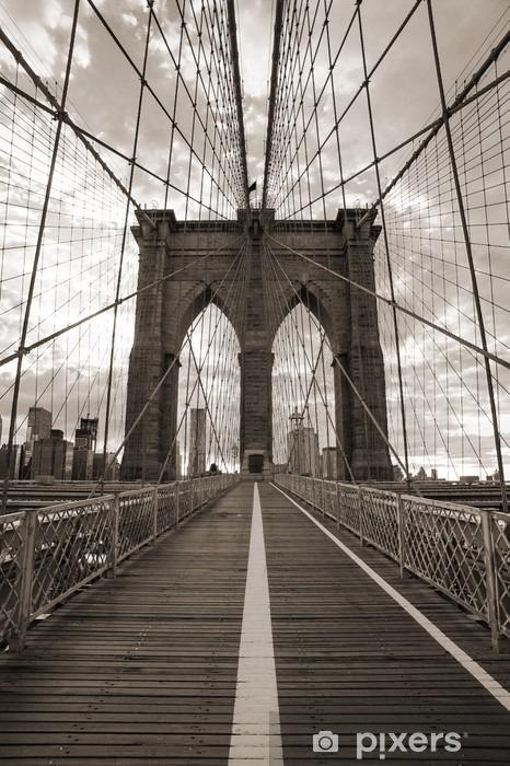 Sticker pour porte Pont de Brooklyn à New York. Ton sépia. -