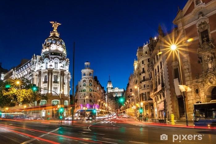 Vinyl Fotobehang Gran Via in Madrid, Spanje, Europa. - Thema's