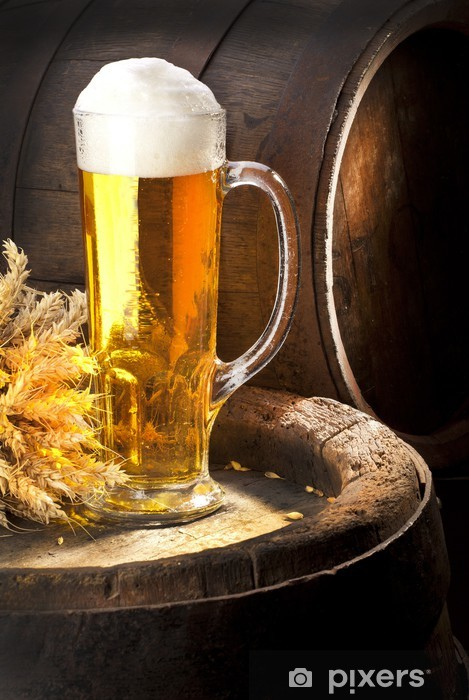 Carta da Parati in Vinile Natura morta con birra e vecchia botte - Bevande alcoliche