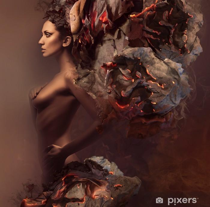 Fototapeta winylowa Sexy piękna kobieta w płonącym papieru - Moda