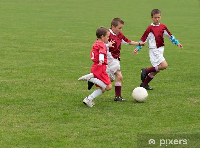ba8b55c0 Fototapet Barn som spiller fotball • Pixers® - Vi lever for forandring
