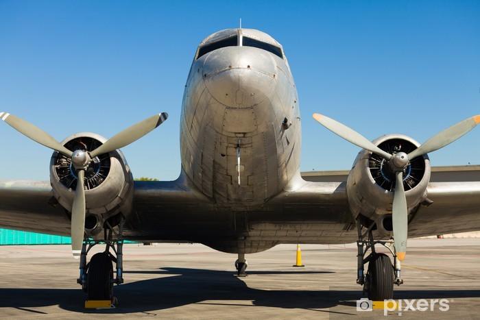 Vintage DC-3-fly