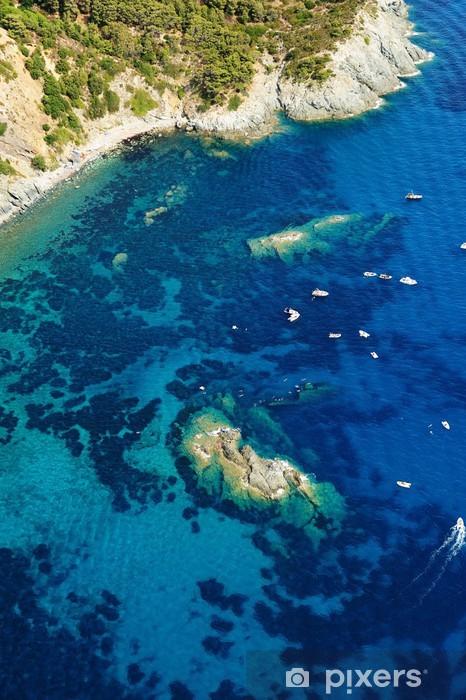 Fototapeta winylowa Isola d'Elba-Pomontebeach + wrak - Wakacje
